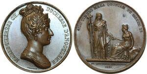 O5232 Rare Medaille Marie-Thérèse duchesse Angoulême Gayrard 1821 desnoyers SPL