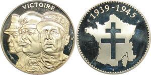 R0387 Médaille Victoire 1945 Roosevelt Churchill Général de Gaulle UNC