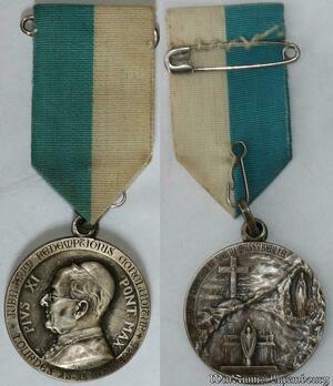 S9273 Médaille Papal Vatican Pius Pie XI Pont Max Lourdes 1935 Silvered